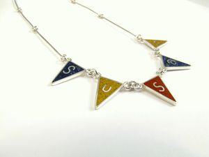 Flag_necklace