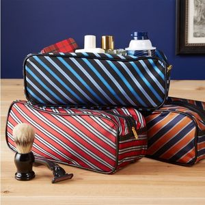 Tie-Toiletries-Bag_56169-l