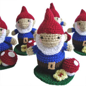 Garden_crochet_gnome