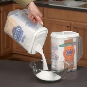 Flour_dispenser