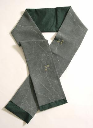 Green_tsumugi_silk_scarf
